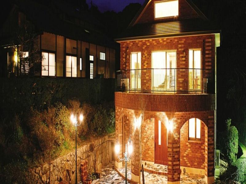 レンガの家(夜)